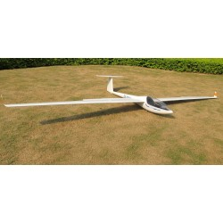 DG303 ARF 4M FLY FLY
